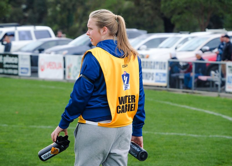 Girls-Falcons-v-Yarra-Valley-Vline-Cup-2017-(By-Jodie-Harlow)-(15)