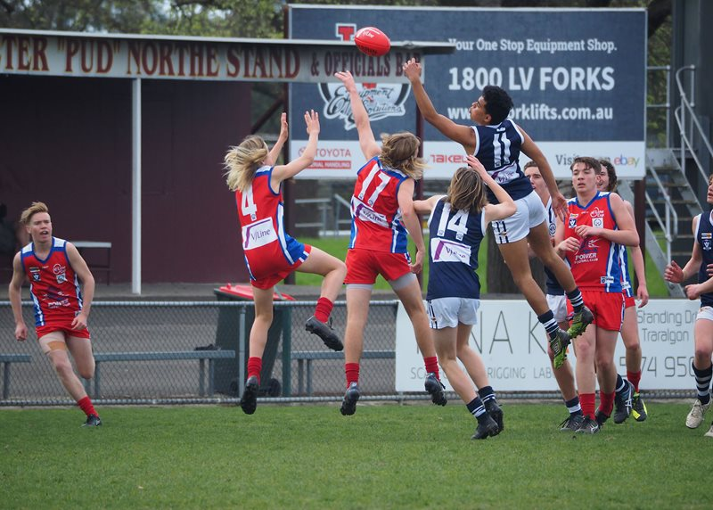 Boys-Div-2-Falcons-v-Power-Vline-Cup-2017-(By-Jodie-Harlow)-(28)