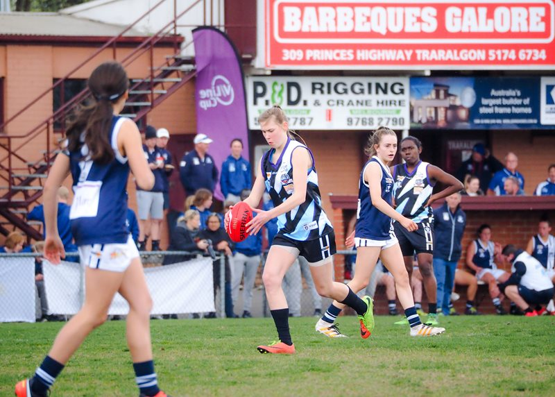 Girls-Falcons-v-Yarra-Valley-Vline-Cup-2017-(By-Jodie-Harlow)-(18)